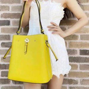 Gaby'sBags💕NWT Kate Spade Large Bucket Bag